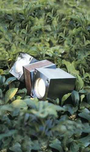 Moderne Gartenbeete moderne teakholzleuchte 2 spots bodenstrahler für gartenbeete