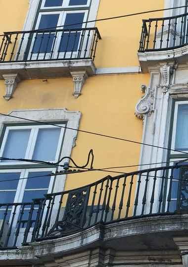 schmaler balkon gestaltungstipp f r ihr zuhause gartenleuchten. Black Bedroom Furniture Sets. Home Design Ideas