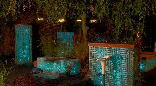 lichtm bel aus glasbrocken gabionen f r au en. Black Bedroom Furniture Sets. Home Design Ideas