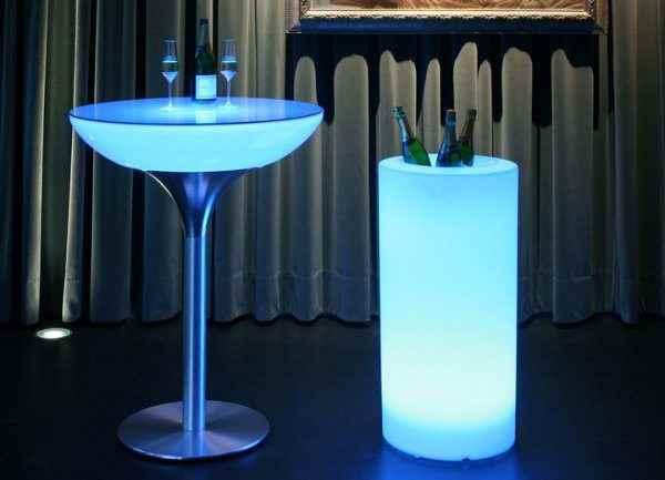 Großer Flaschenkühler Champagner Kühler beleuchtet mit Akku