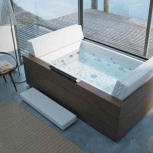 Außen Whirlpool + Badewanne