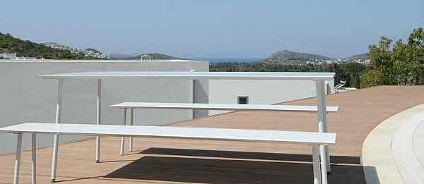 Design garten tisch und b nke f r terrasse balkon und garten - Gartenmobel mit bank ...