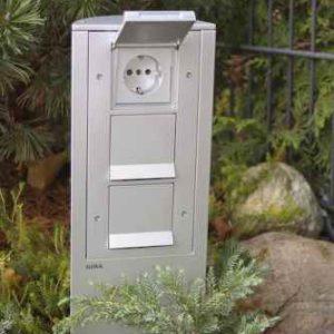 Gira Energiesäule Garten Steckdosen