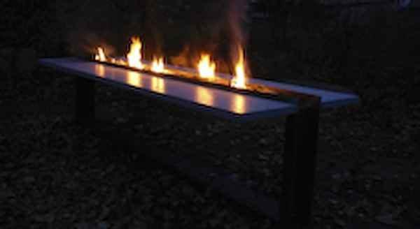 großer  Feuer TischTerrasse