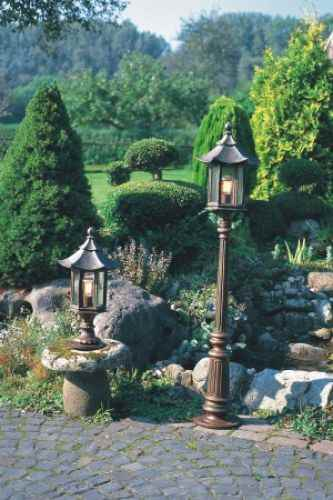 japanische Gärten beleuchten