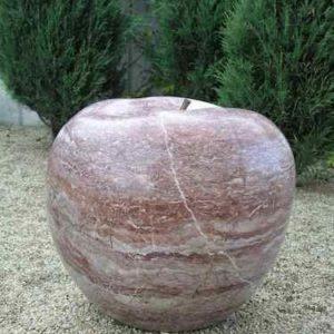 Kunst im Garten Apfel