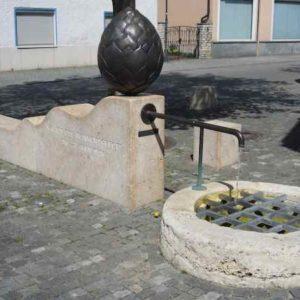 kunstvolle Brunnenanlage