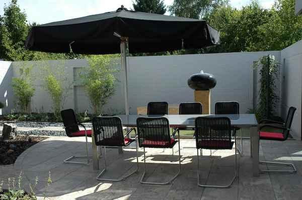 basalt brunnen mediterraner gartenbrunnen ort zum meditieren. Black Bedroom Furniture Sets. Home Design Ideas