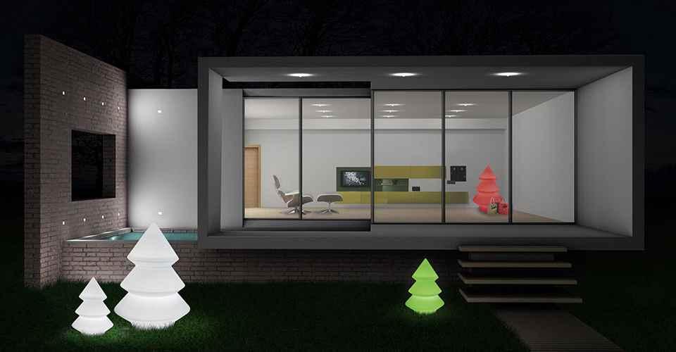 Design Außenleuchten als Licht Baum. Dekorative und originelle Beleuchtung für außen!
