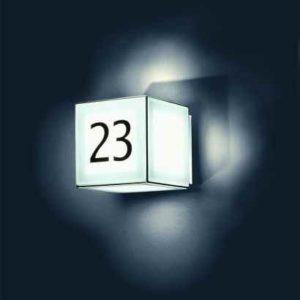 moderner Lichtwürfel Hausnummer