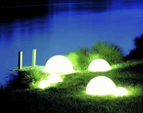Garten Halbkugeln als Beleuchtung für außen