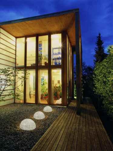 garten halbkugeln als beleuchtung f r au en. Black Bedroom Furniture Sets. Home Design Ideas