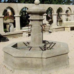 Naturstein Hofbrunnen mit Mittelsäule  und Wasserbecken wie früher Antik