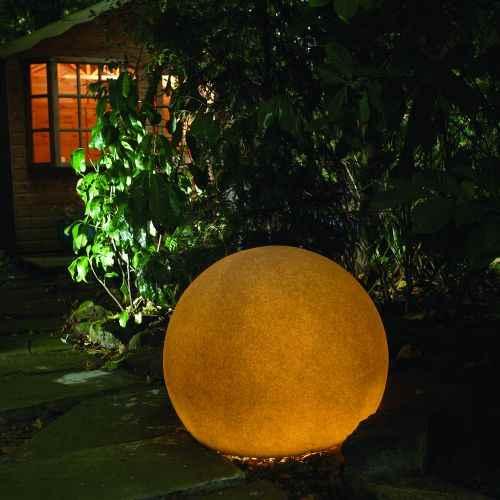 farbiger lichtball f r au en bunte gartenleuchten kugeln. Black Bedroom Furniture Sets. Home Design Ideas