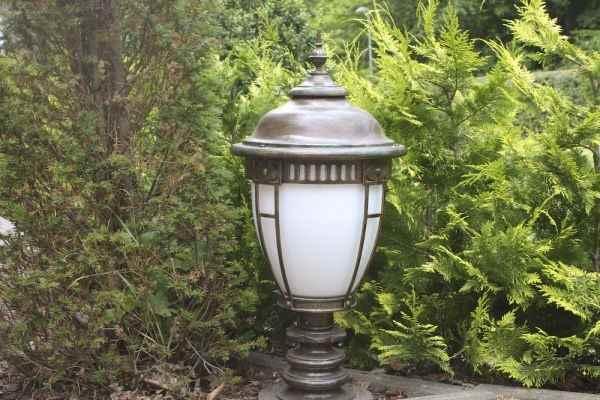 Robers Sockellampe Garten