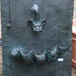 Römischer Wandbrunnen Kupfer Außen
