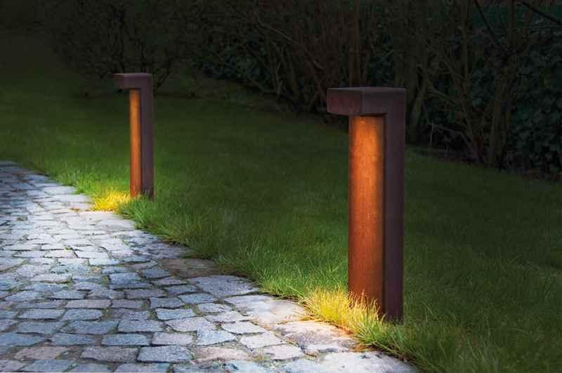 Rostige pollerleuchte f r blendfreie beleuchtung im for Gartendeko rostigem eisen