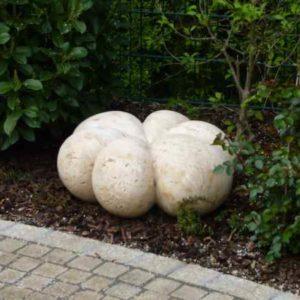 Skulptur Granit Garten