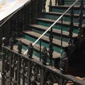Stilvolles Treppengeländer-Gartenleuchten.de