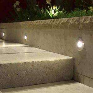Treppenstufen beleuchten