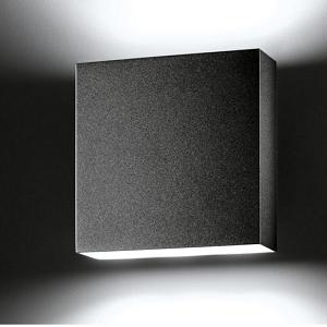 LED Wandlampe außen schwarz quadratisch modern.