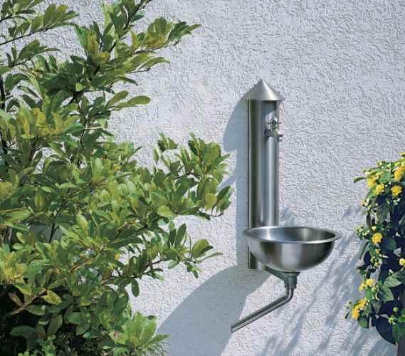Garten wasser wasserzapfstelle f r wand mit becken au en q - Garten wasserzapfstelle ...