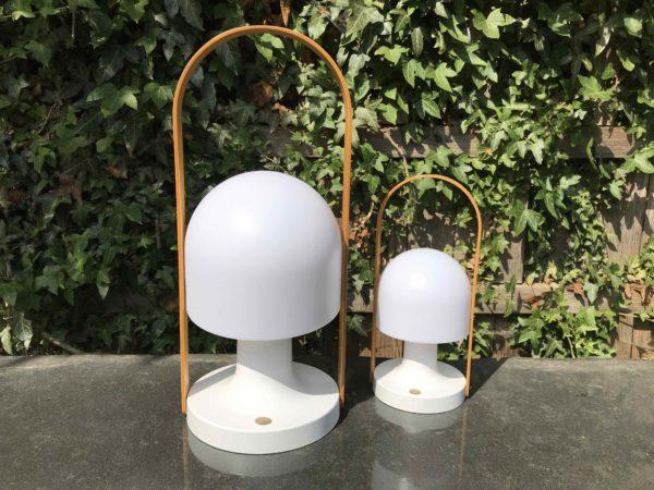 Große und kleine Akku Tischlampe