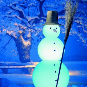 Leuchtender Schneemann für außen