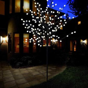 Weihnachts Lichtbaum außen