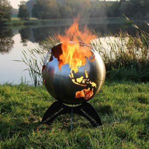 Weltkugel Feuerstelle