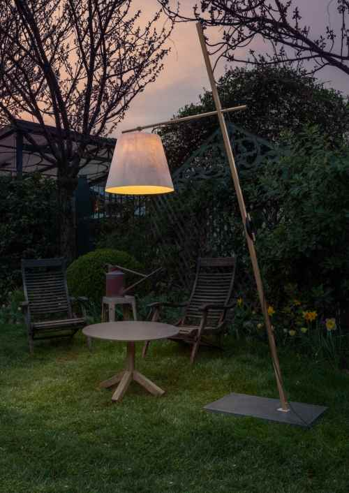 Designer Stehlampe für Hof und Garten
