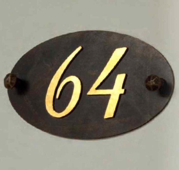 Hausnummern mit Blattgold