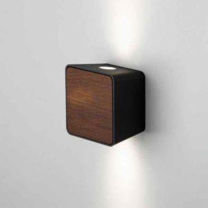 Kleine moderne LED Holz Wandleuchte außen