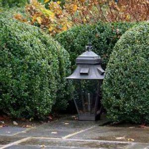 Stilvolle Gartenlaterne für die Terrasse