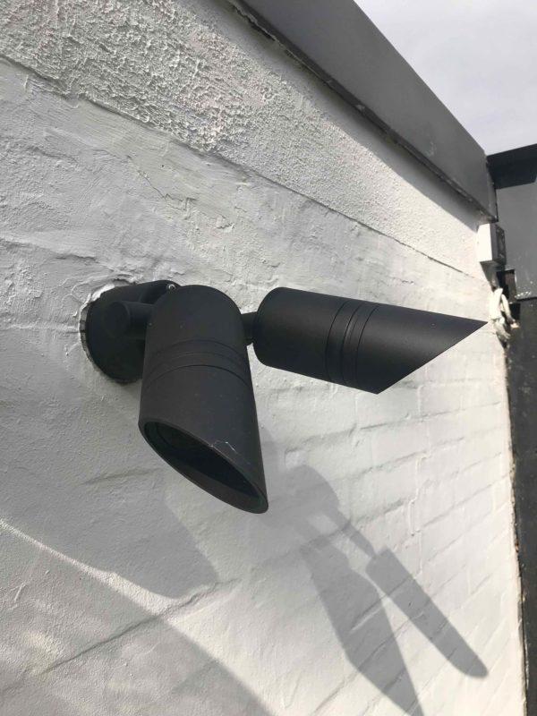 schwarze LED Doppelspot Wandstrahler außen schwenkbar