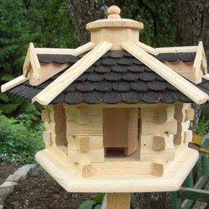Futter Vogelhaus mit Schindeln