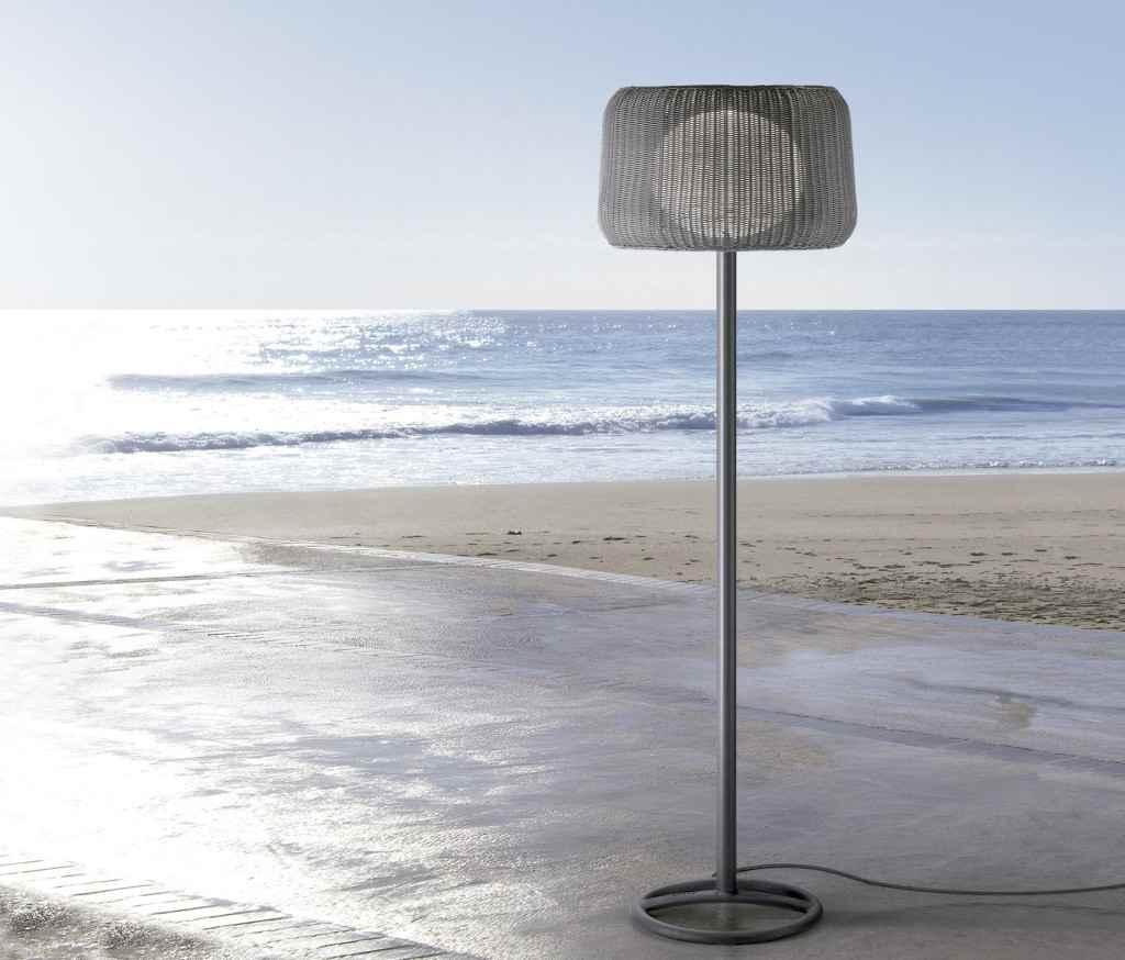 Mediterrane Terrassen Stehlampe für eine atmosphärische Beleuchtung