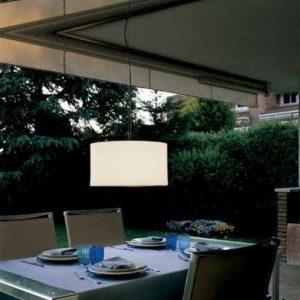 Flexible Deckenlampe für außen