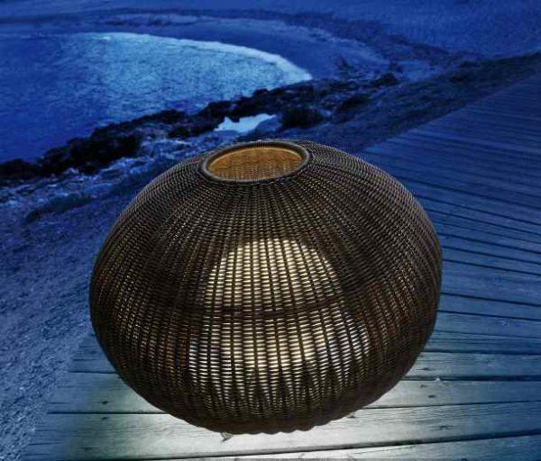 Kleine mediterrane Terrassen Bodenlampe