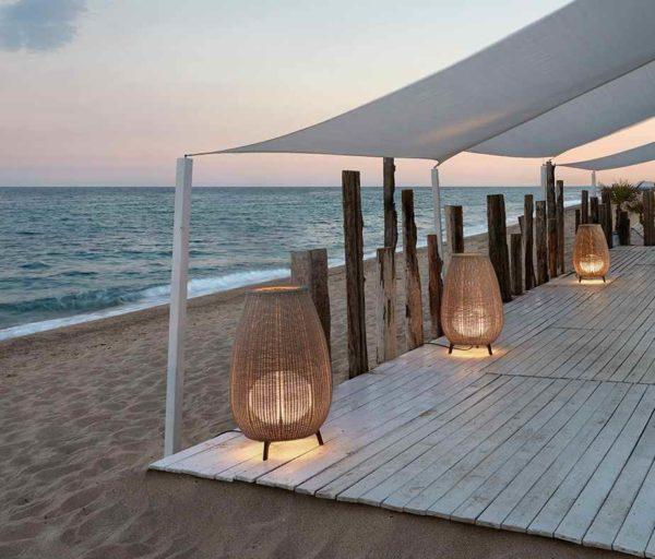 Korbgeflecht Terrassenleuchte Anwendung Strandbar