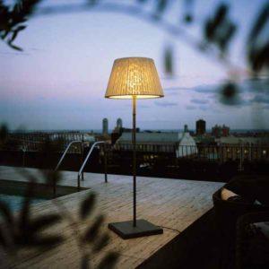 Stehlampe für den Außenbereich