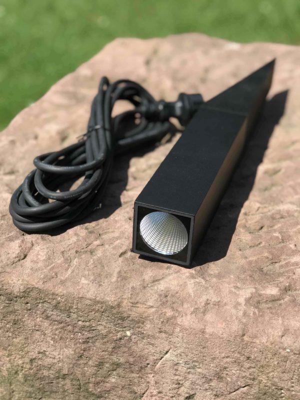 LED Gartenstrahler mit 5 Meter Zuleitung