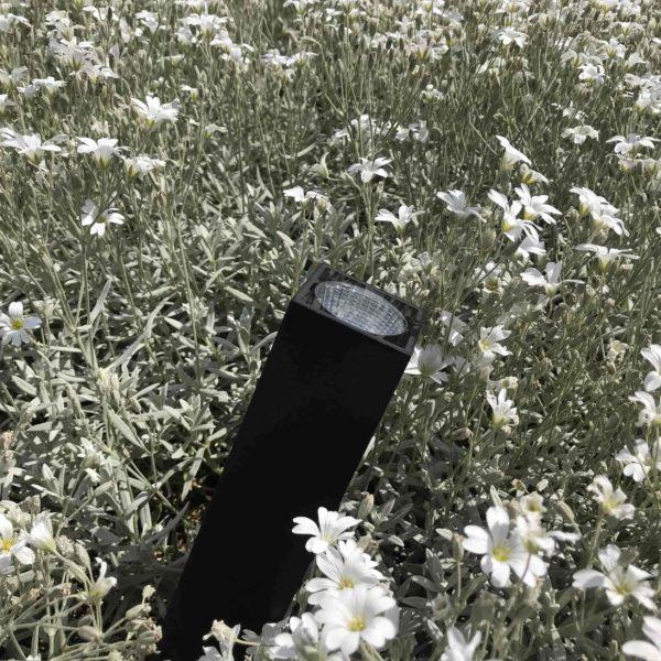 Led Gartenstrahler im Beet