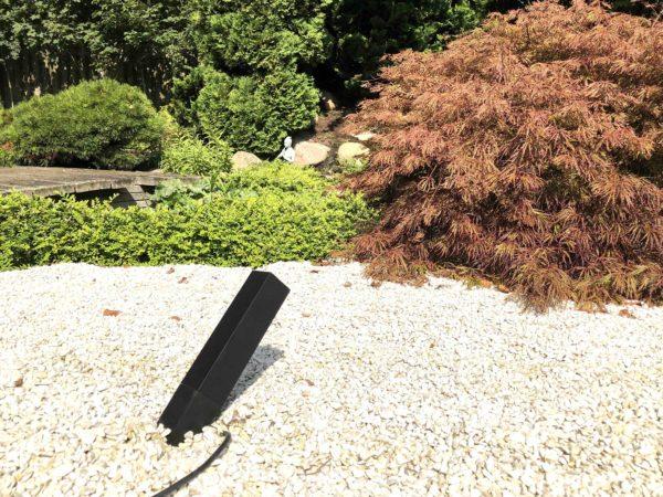 Moderner Led Gartenstrahler mit Kabel und Stecker