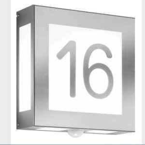 Hausnummer Wandleuchte außen quadratisch