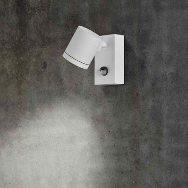 Wand Außenstrahler mit Bewegungsmelder weiß