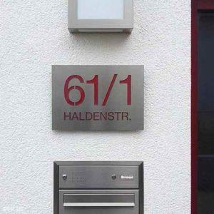 Hausnummer Schilder auf Maß