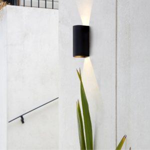 Schwarze LED Wandleuchte außen up&down