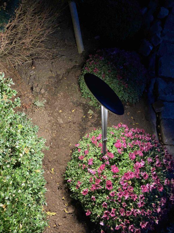 Filigrane Gartenleuchten für schöne Lichtstimmungen mit verstellbarem Schirm