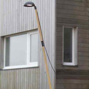 Moderne Holz Stehlampe für außen